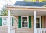 Foreclosed Home en W WHEATON AVE, Clare, MI - 48617