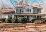 Foreclosed Home en GREENTREE LN, Midland, VA - 22728