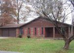 Foreclosed Home in TRAPPERS TRL, Glasgow, KY - 42141