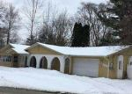 Foreclosed Home en S COMMERCE RD, Walled Lake, MI - 48390