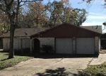 Foreclosed Home in PINE OAK DR, Highlands, TX - 77562