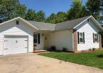 Foreclosed Home en ARRAY ST, Cassville, MO - 65625