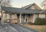 Foreclosed Home en WOOD AVE, Carthage, MO - 64836