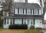 Foreclosed Home en ROBERT ST, Waterbury, CT - 06710
