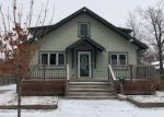 Foreclosed Home en E BROADWAY ST, Redwood Falls, MN - 56283