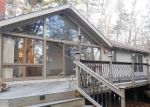 Foreclosed Home en KNOLLWOOD LN, Avon, CT - 06001