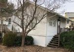 Foreclosed Home en W MAIN ST, Stafford Springs, CT - 06076