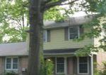 Foreclosed Home en RIDGEDALE DR, Lancaster, PA - 17601