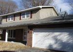 Foreclosed Home en MARSEILLES DR, East Saint Louis, IL - 62206