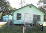 Foreclosed Home in HENDERSON ST, Houma, LA - 70364