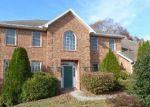 Foreclosed Home en CASTLEGREEN DR, Greencastle, PA - 17225