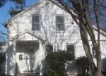 Foreclosed Home en ALBERT ST, Torrington, CT - 06790