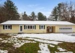 Foreclosed Home en WHIPPOORWILL LN, Stafford Springs, CT - 06076