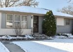 Foreclosed Home en N 82ND ST, Milwaukee, WI - 53218