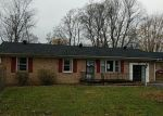 Foreclosed Home in AIRPORT RD, Stanton, KY - 40380