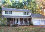 Foreclosed Home en WICKHAM RD, Glastonbury, CT - 06033