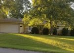 Foreclosed Home en W FOUNTAIN AVE, Milwaukee, WI - 53223