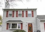 Foreclosed Home en VILLAGE DR, Croydon, PA - 19021