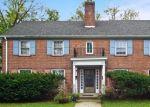 Foreclosed Home en E KENWOOD BLVD, Milwaukee, WI - 53211