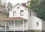 Foreclosed Home en ELLSWORTH ST, Bridgeport, CT - 06605