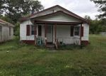 Foreclosed Home en ANDERSON ST, Emporia, VA - 23847