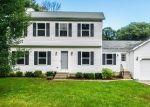 Foreclosed Home en SPENCER RD, Torrington, CT - 06790