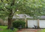 Foreclosed Home in CAROLYN ST, Bacliff, TX - 77518