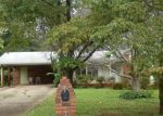 Foreclosed Home en MACEDONIA DR, Powder Springs, GA - 30127
