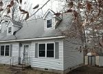 Foreclosed Home en ROLLING HILLS DR, Tobyhanna, PA - 18466