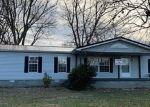 Foreclosed Home in E MINNIE AVE, Monterey, TN - 38574