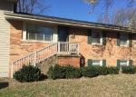 Foreclosed Home en S BUCKINGHAM RD, Sterling, VA - 20164