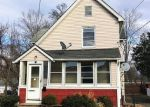 Foreclosed Home en MAIN ST, East Hartford, CT - 06118