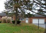Foreclosed Home en VESTA DR, Harrisburg, PA - 17112