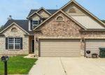 Foreclosed Home en SAINT CHARLES DR, Hillsboro, MO - 63050