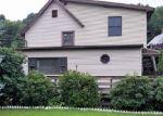 Foreclosed Home en CATLIN PL, Shelton, CT - 06484