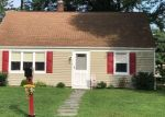 Foreclosed Home en BUTLER RD, North Haven, CT - 06473