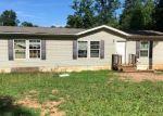 Foreclosed Home en LOGWOOD LN, Huddleston, VA - 24104