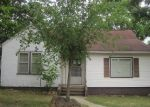 Foreclosed Home en N CENTER ST, Willow Springs, MO - 65793