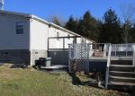 Foreclosed Home en ELMWOOD ST, Warsaw, MO - 65355