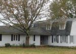 Foreclosed Home in SUMMERVILLE RD, Jasper, AL - 35504