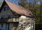 Foreclosed Home en NATURES DR, Tobyhanna, PA - 18466