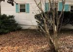 Foreclosed Home en HENSO DR, Danbury, CT - 06811