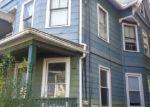 Foreclosed Home en TWISS ST, Meriden, CT - 06450