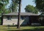 Foreclosed Home in NE PERSIMMON DR, Pinetta, FL - 32350