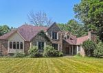 Foreclosed Home en OLD COUNTRY RD, Woodbridge, CT - 06525