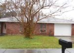 Foreclosed Home in ILLINOIS AVE, Kenner, LA - 70065