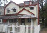 Foreclosed Home en 23RD ST, Newport News, VA - 23607