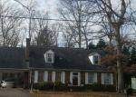 Foreclosed Home en POCOSHOCK BLVD, Richmond, VA - 23235
