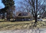 Foreclosed Home en BIRWOOD ST, Clinton Township, MI - 48035