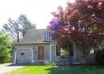 Foreclosed Home en ORCHARD HILL DR, Fairfield, CT - 06824